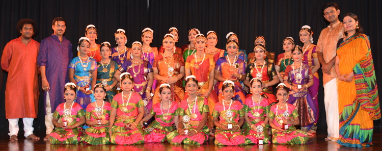 Indian Classical Dance Costumes & Jewellery